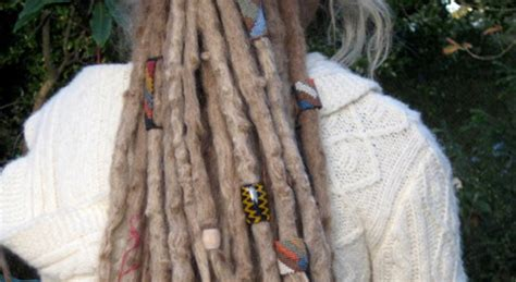 how to bead dreads adding dread coils and dreadlock accessories