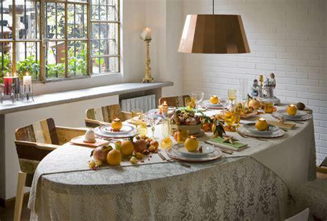 il tavolo ovale canteen scrapwood prezzo e le sedie