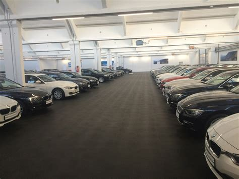 Garage Car Sales by Bmw Garage Of 3 000 M2 Covered With Eco Tiles For Heavy