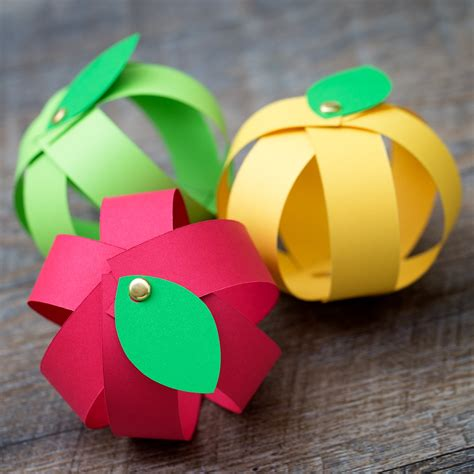 Paper Strips Crafts - easy paper apple craft for