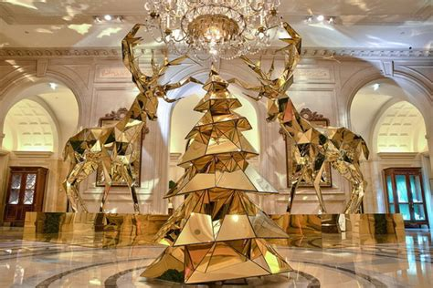 top ten hotel lobby christmas decorations decor at four seasons hotel luxury topics luxury portal fashion style trends