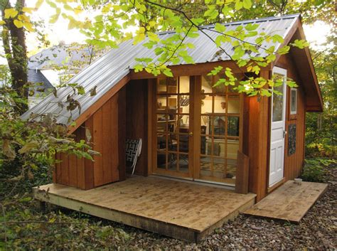 tiny house in backyard tiny house a backyard sanctuary in missouri modern house designs
