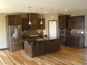 walnut kitchen cabinets granite countertops best 25 walnut cabinets ideas on pinterest walnut