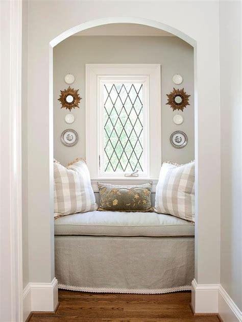 small window seat ideas petit espace canap 233 en alcove cocon de d 233 coration le