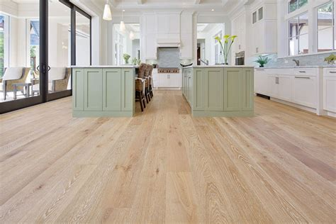 Hardwood Flooring   Bamboo, Hickory, Walnut, & Oak