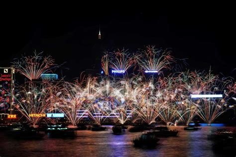 new year fireworks hong kong time hong kong celebrates new year abc news australian