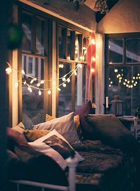 String Lights Bedroom Ideas 26 Times Twinkle Lights Made Everything Better String Lights Twinkle Lights And Bedroom Ideas