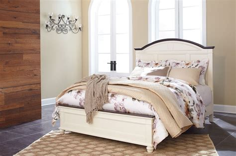 woodanville white and brown panel bedroom set b623 57 54