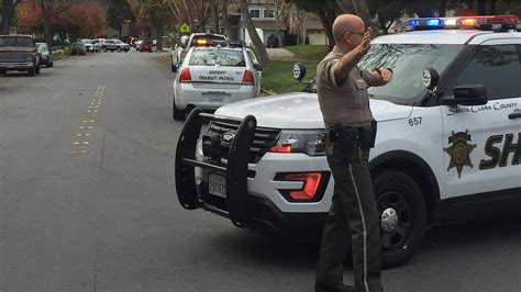 Santa Clara Search Deputies Surround San Jose Home In Search For Escaped Inmate Abc7news