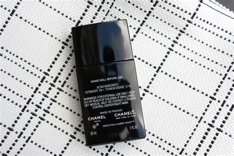 Jual Chanel Perfection Lumiere Velvet chanel s perfection lumi 232 re velvet foundation review