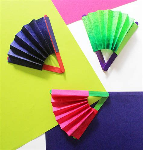 how to make paper fans on a stick diy paper fan