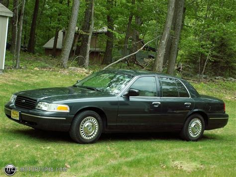 1998 ford crown victoria for sale 156 used cars from 325 1998 ford crown victoria information and photos zombiedrive
