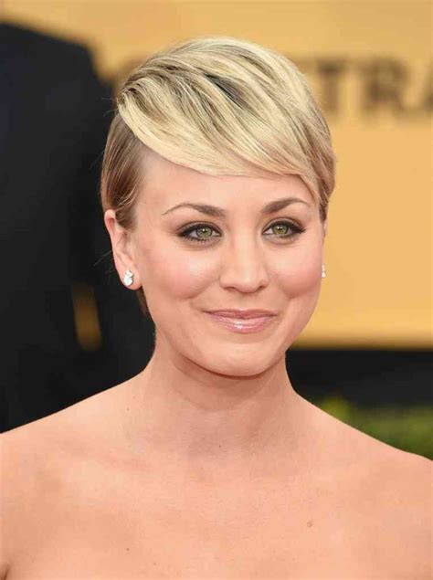 short haircuts on stars 2015 cuco kaley cuoco sweeting style 2015 bestcelebritystyle com