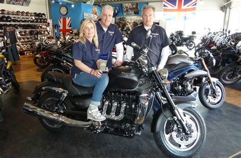 Triumph Motorrad H Ndler by Triumph H 228 Ndler Awards Motorrad News