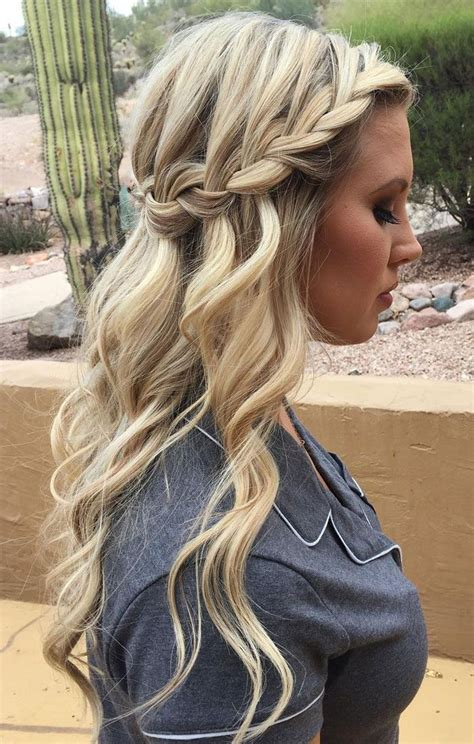 38 bridesmaid hairstyles updos half up half curls for wedding hair