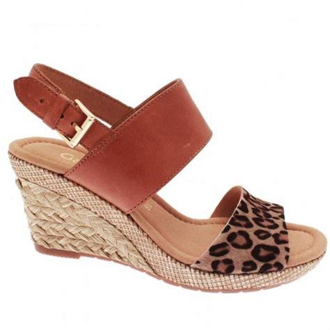 anna womens leopard print wedge sandal  gabor  walk  style
