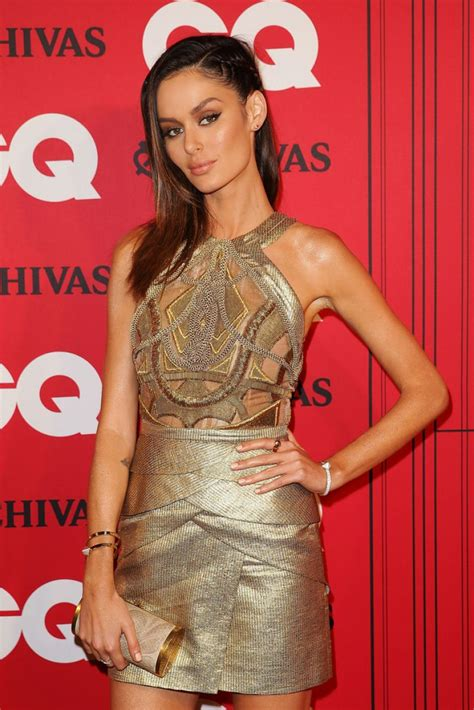 celebrity lounge 23 december 2017 nicole trunfio on red carpet gq men of the year awards