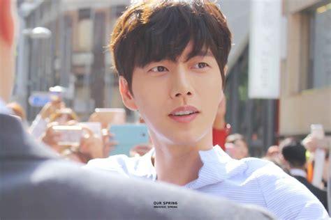 aktor film korea terbaik siapa saja artis drama korea paling happening selama