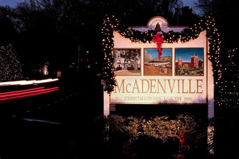 christmas town usa mcadenville christmas lights tree