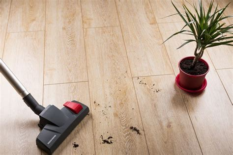 best vacuum for laminate floors 2017 reviews and top picks