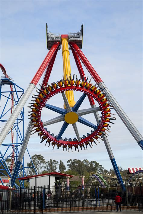 Win Six Flags Tickets Instantly - wonder woman lasso of truth six flags discovery kingdom