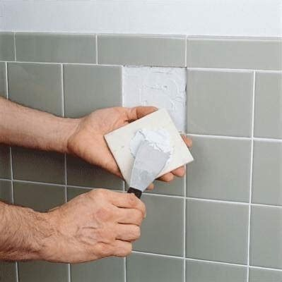 cambiare piastrelle bagno cambiare una piastrella piastrelle