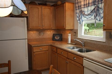 kitchen cabinet refacers 45 best cabinet refacing images on pinterest