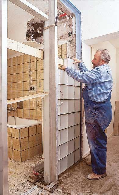 wand aus glasbausteinen glasbausteine mauern bauen renovieren selbst de