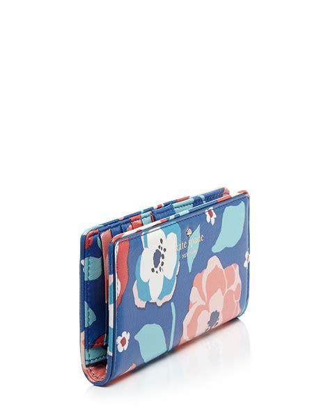 Kate Spade Cl011 Set 3 In 1 Semi Premium kate spade new york wallet cedar multi floral continental lyst