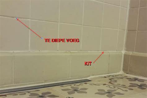 Kit Verwijderen Muur by Voegen Badkamer Quot Renoveren Quot Kitten