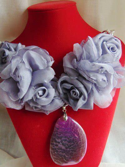 fiori color lavanda collana con fiori color lavanda gioielli collane di