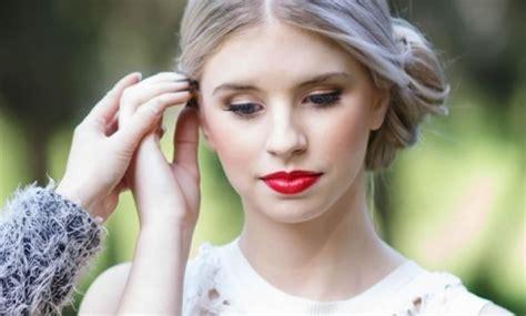 hair and makeup mobile adelaide mobile makeovers australia hair makeup artist makeup artist