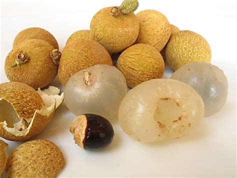 fruit similar to lychee fresh longan butterfingers