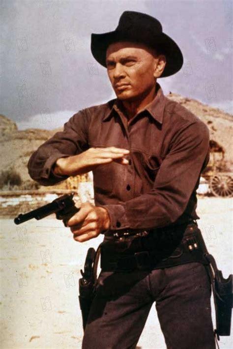 film western yul brynner bild von die glorreichen sieben bild 13 auf 23
