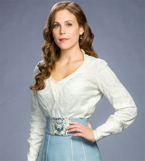 Erin Krakow Bra Size | erin krakow bra size and body measurements starsbrasize com