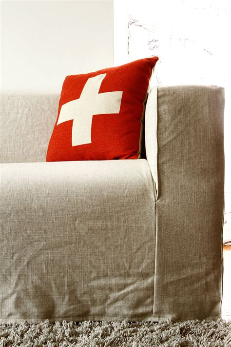 handson sofa spruce up your ikea klippan sofa cover in a loose linen