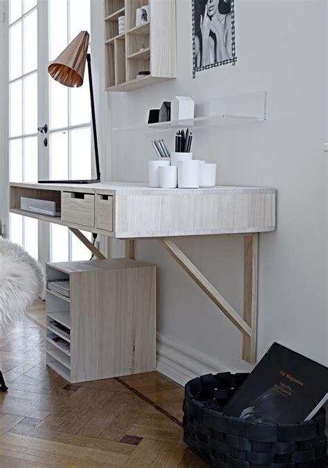 De 25 Bedste Id 233 Er Inden For Wall Mounted Desk P 229 Pinterest Diy Hanging Desk