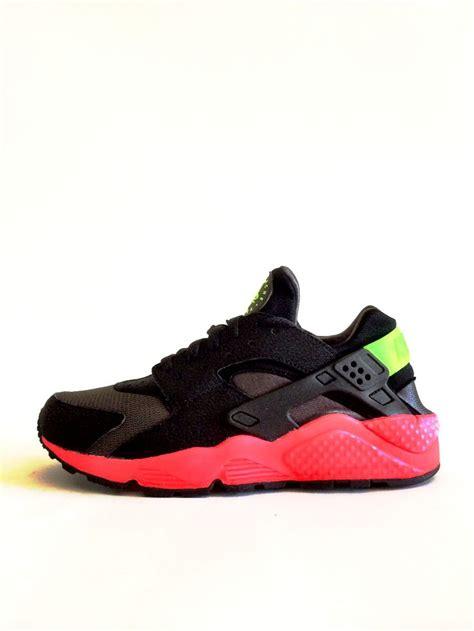 Nike Huarce X Suprame Grey nike air huarache quot hyper punch yeezy supreme pink black