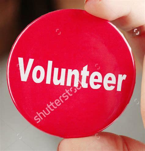 16 Pin Button Badge Mockups Psd Download Design Trends Premium Psd Vector Downloads Volunteer Badge Template