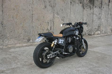 Kawasaki Zrx 1100 Aufkleber by Welche Motorr 228 Der Eignen Sich Zum Aufbau Eines Cafe Racer