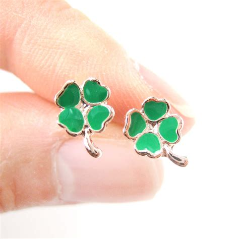 Clover Earring small four leaf clover shaped stud earrings in green and