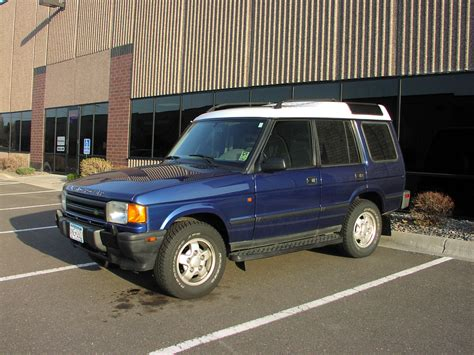 blue land rover discovery 1995 land rover discovery information and photos