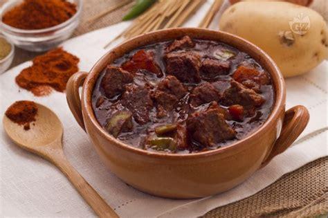 cucinare il gulash ricetta stew stufato irlandese ricetta