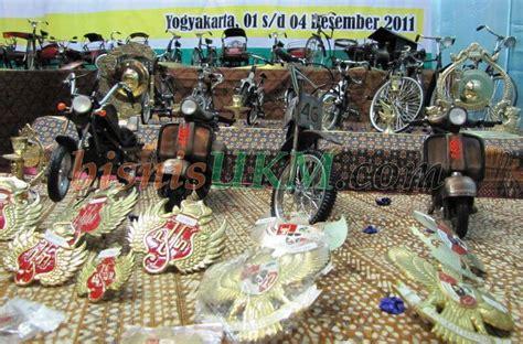 Produk Ukm Bumn Kulit Martabak jamsostek persero gelar small business expo 2011