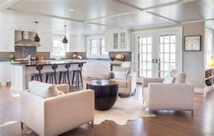 Sitting Area off Kitchen   Transitional   Kitchen   Boston   by Anne Becker Design