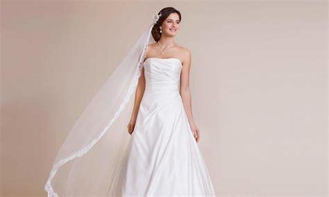 Brautkleid Hersteller by 220 Bersicht Brautkleider Herstellern Und Anbieter