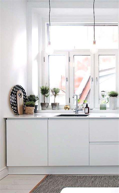 Meja Stainless Dapur desain meja minimalis modern dan efisien untuk meja dapur