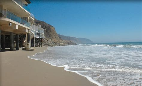 malibu beach house malibu beach houses for rent your malibu retreat 626 243 9366