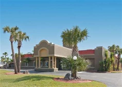 comfort inn and suites cape canaveral comfort inn titusville cape canaveral