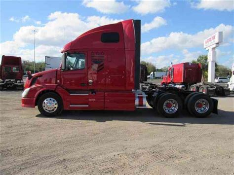 2014 volvo semi truck price volvo vnl670 2014 sleeper semi trucks